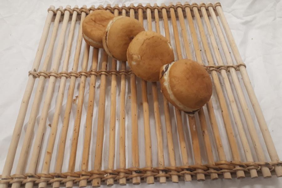 Le beignet (pomme, chocolat)